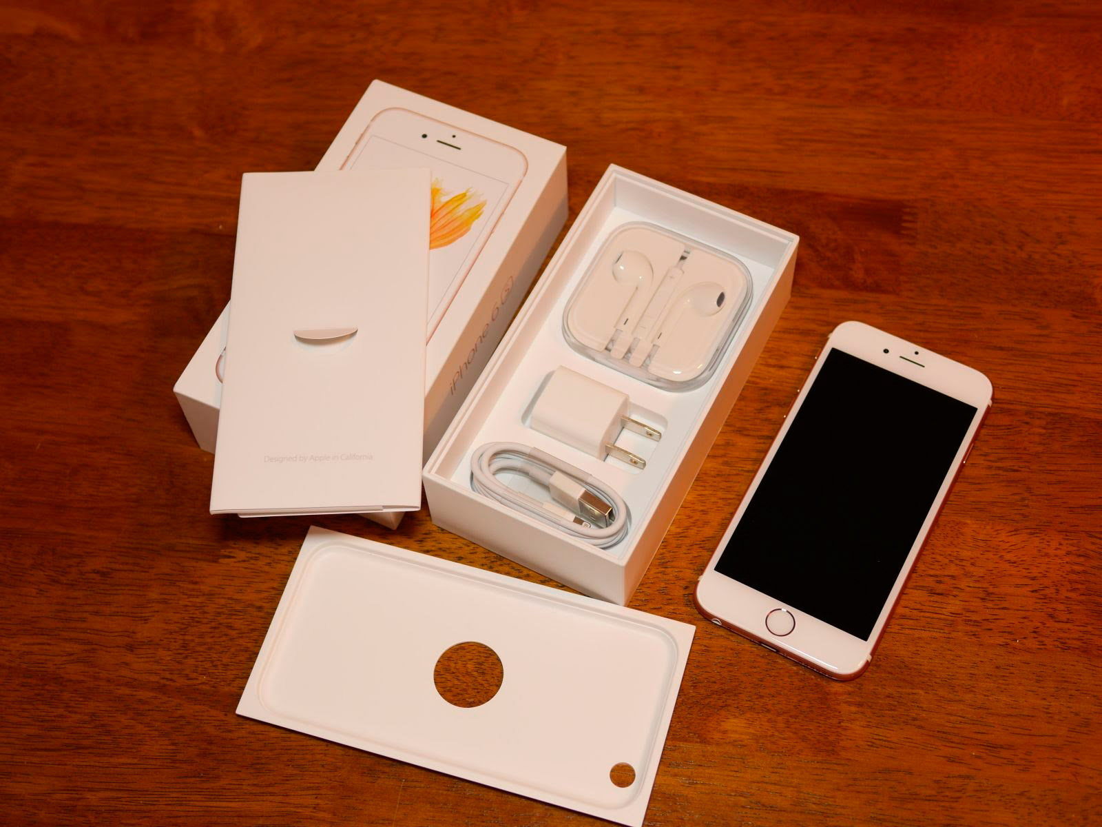 apple iphone 6s комплектация в украине